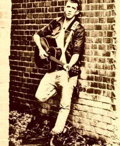 Acoustic Singer & Guitarist Murphy