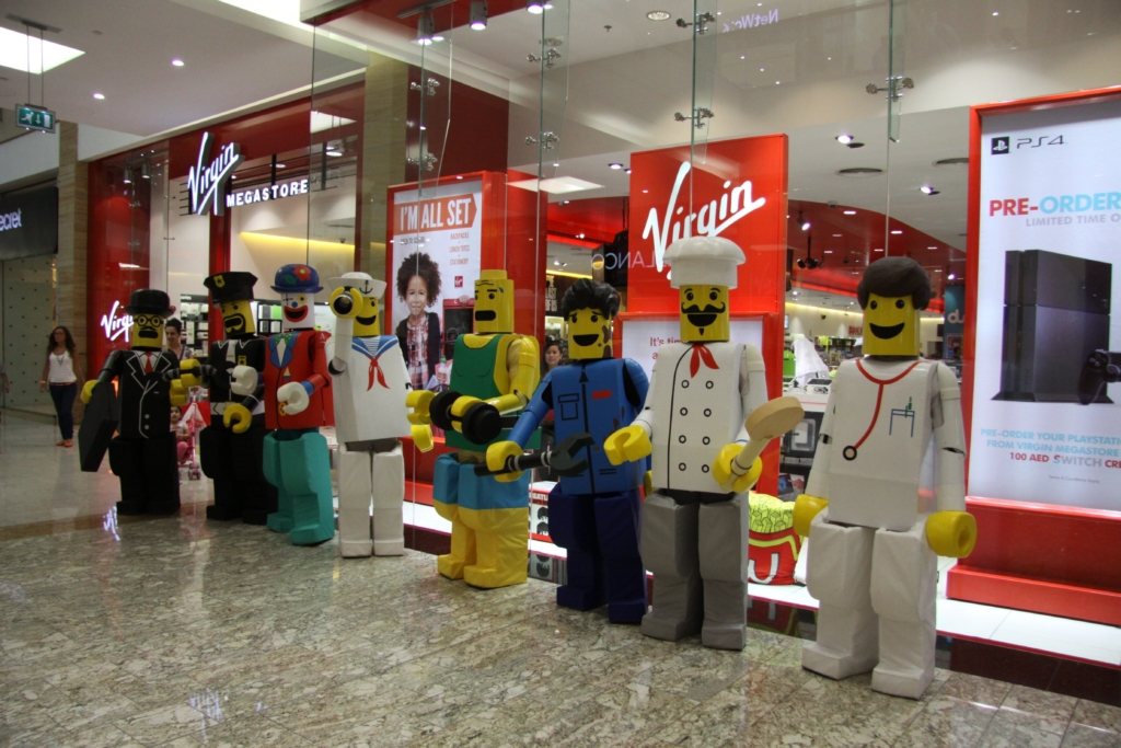 shopping mall entertainment to hire