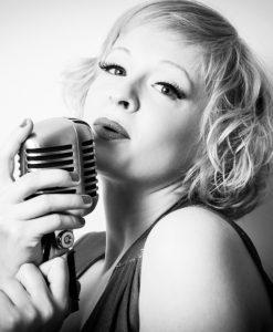 Jazz Singer Kitty