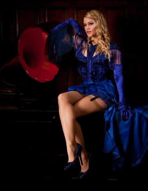 burlesque artist