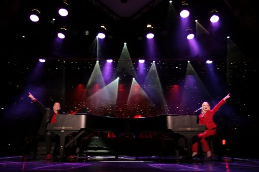 dueling pianos for hire