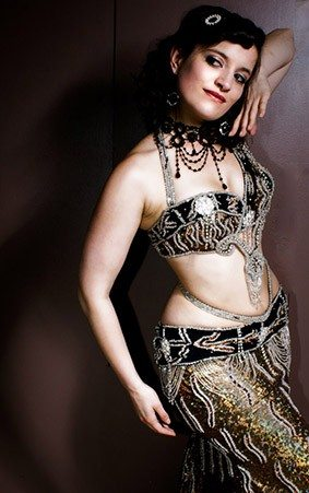 belly dancer to hire