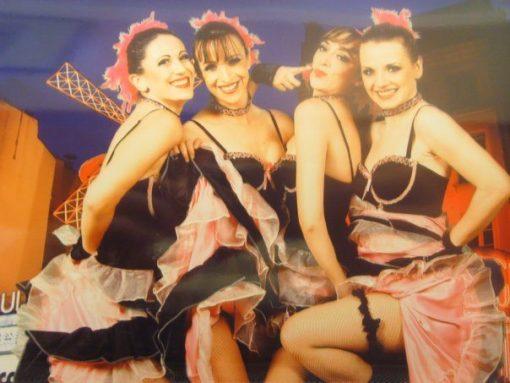 can can dancers paris