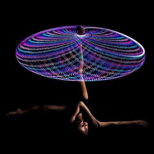 hula hoop artist silvia