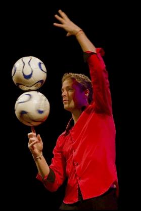 Football juggler stijn