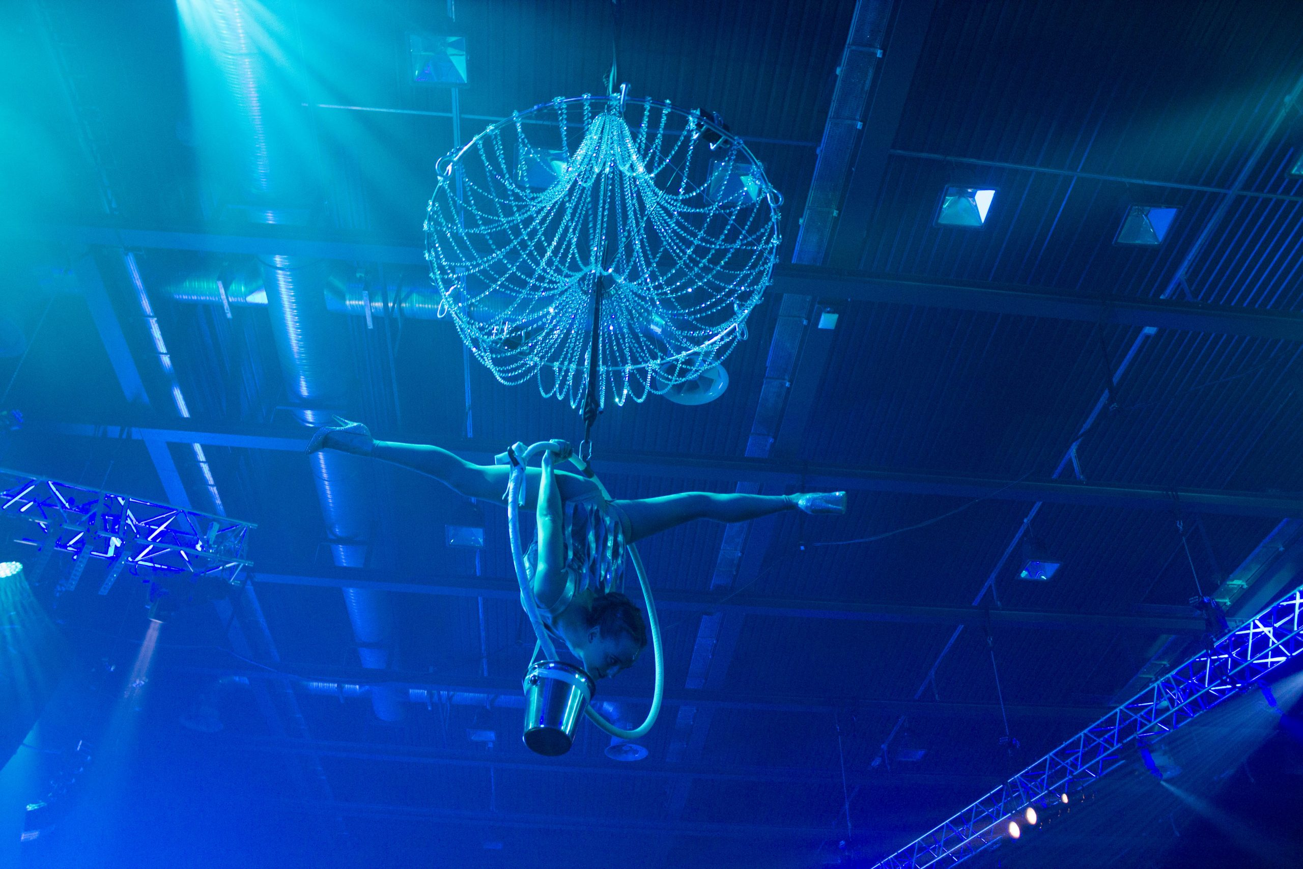 Champagne Aerialists for Hire