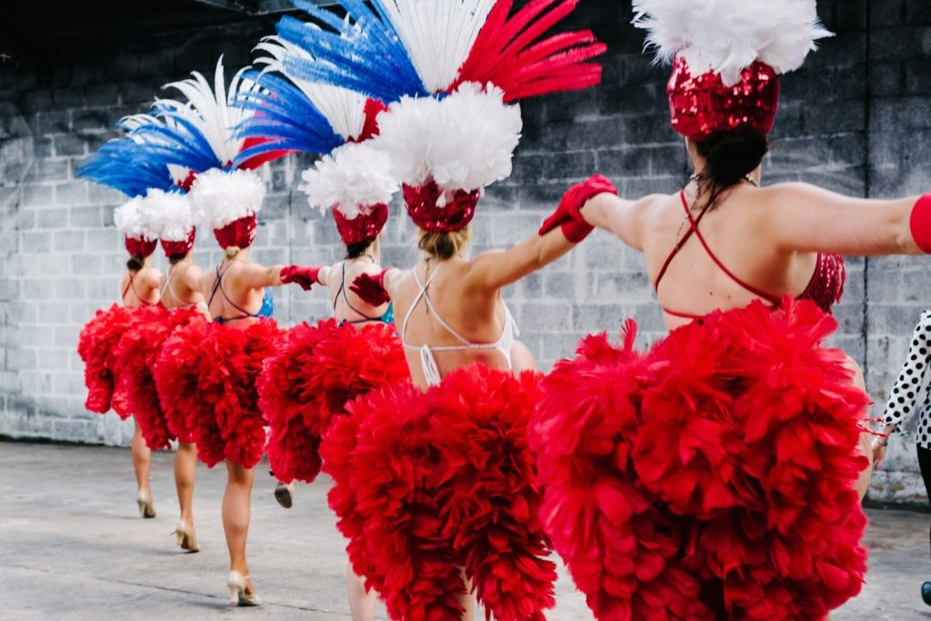 vegas showgirls for hire