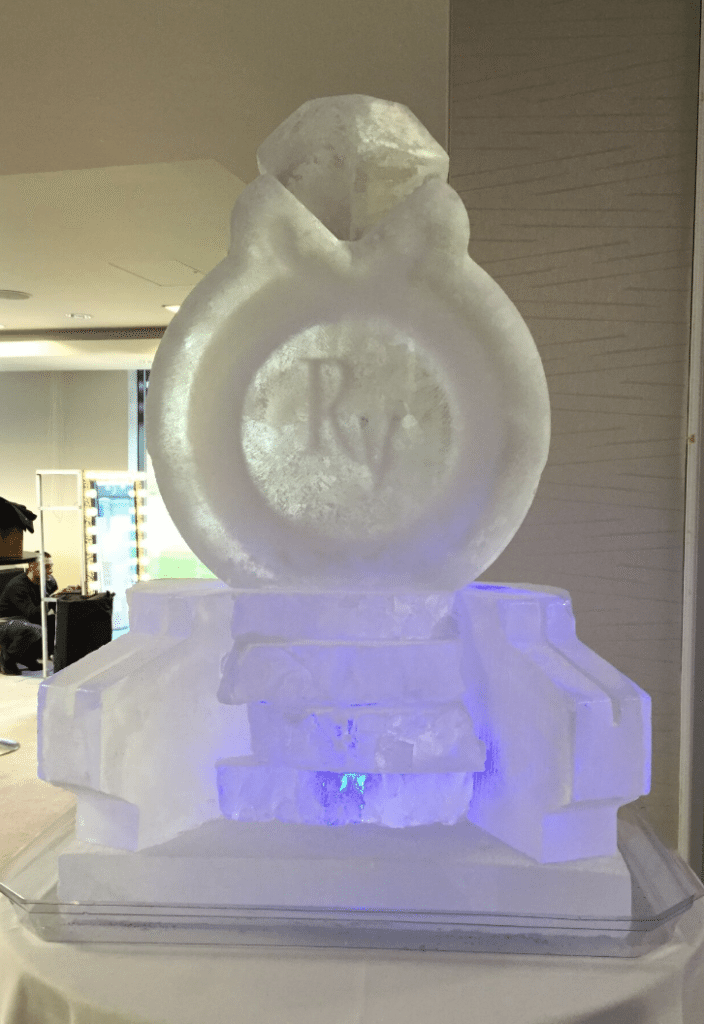 ice sculpture for hire
