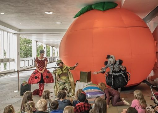 Peach show
