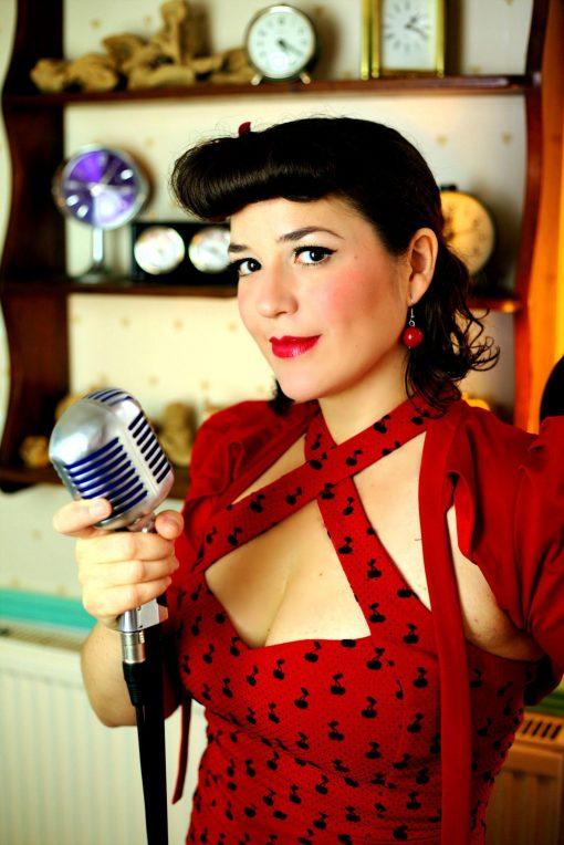 UK Vintage Singer