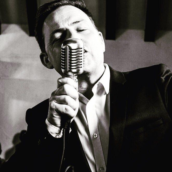 Swing Singer