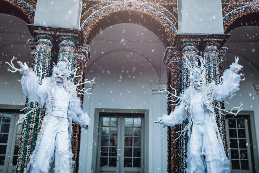 Ice King Stilt Walkers