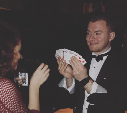 Close Up Table Magician London