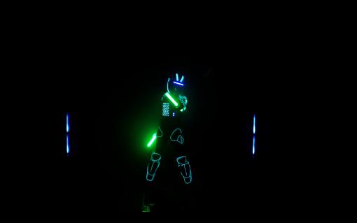 VIRTUAL LIGHT MAN